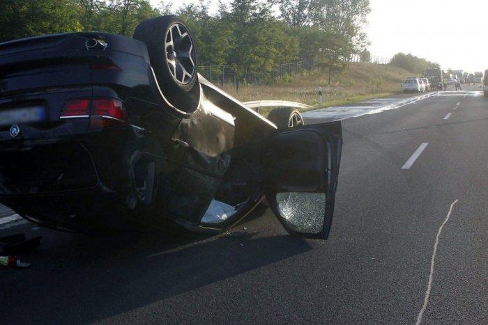 025631847 Ilustračný obrázok k článku Nehoda pri Štrbe, havaroval 17-ročný mladík:  Fiat narazil